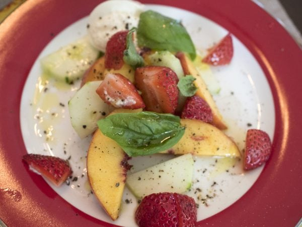 Peaches & Burrata