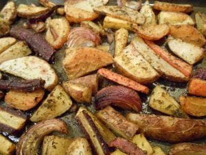 Roasted Veggies with Rosemary, Turmeric, Dill & Oregano